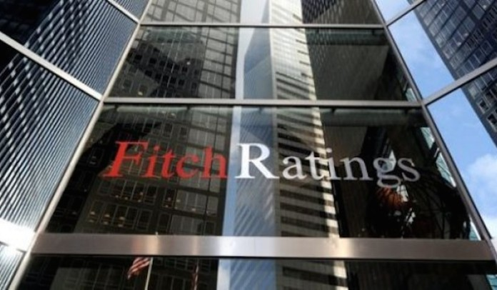 Fitch downgrades Nigeria's rating to negative