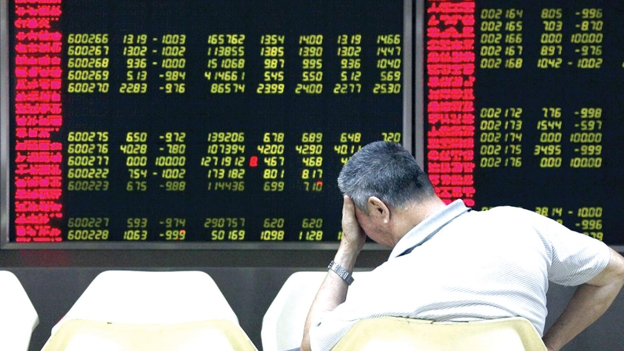 Asian stocks slip as Deutsche sours mood, oil gains on OPEC pact