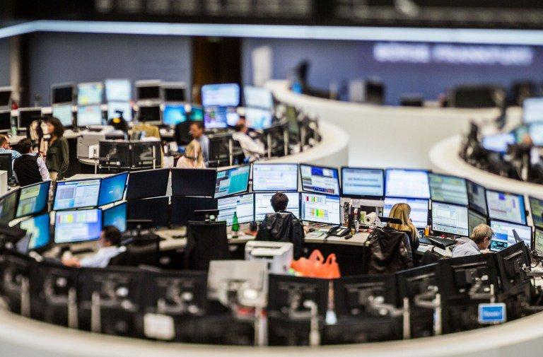 Investors Shun TBs for Stocks